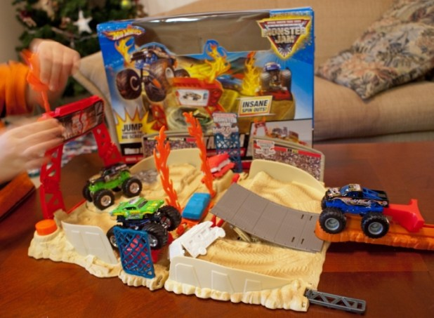 581 2014 Hot Wheels Cars Commercial