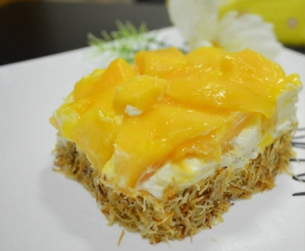 998698_153287918193258_1122339545_n Simple Steps for Kunafa with Mango