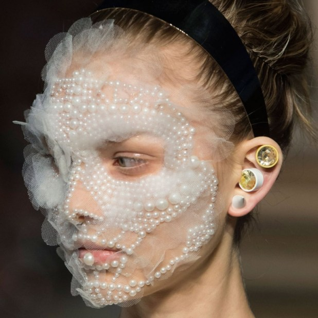 body-jewelry-3 The Hottest Jewelry Trends for Women in 2016