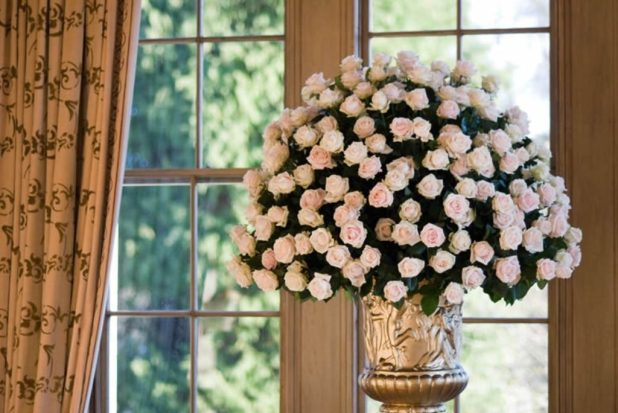 clean-your-vases-4 7 Tricks to Make Flowers Last forever ...