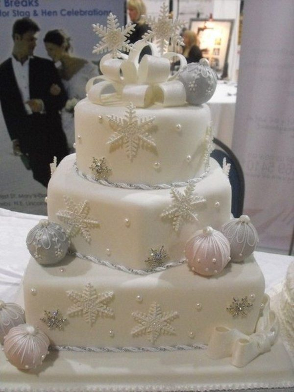 Christmas-Cake-Decoration-Ideas-2017-21 82 Mouthwatering Christmas Cake Decoration Ideas 2017