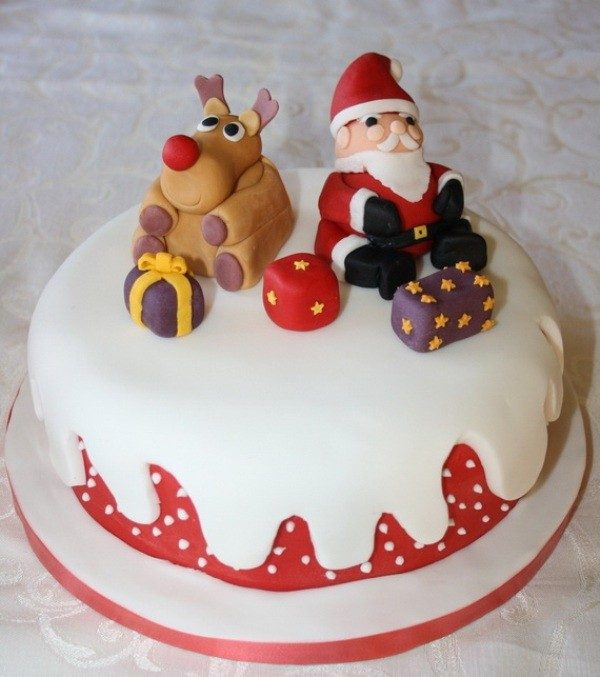 Christmas-Cake-Decoration-Ideas-2017-27 82 Mouthwatering Christmas Cake Decoration Ideas 2017