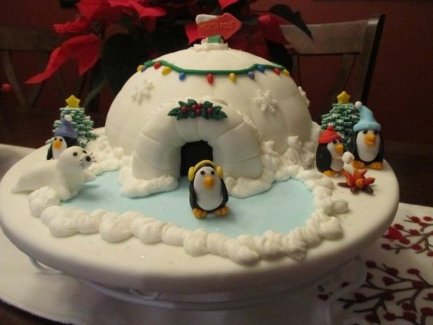 Christmas-Cake-Decoration-Ideas-2017-42 82 Mouthwatering Christmas Cake Decoration Ideas 2017