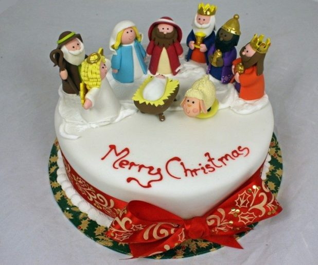 Christmas-Cake-Decoration-Ideas-2017-54 82 Mouthwatering Christmas Cake Decoration Ideas 2017