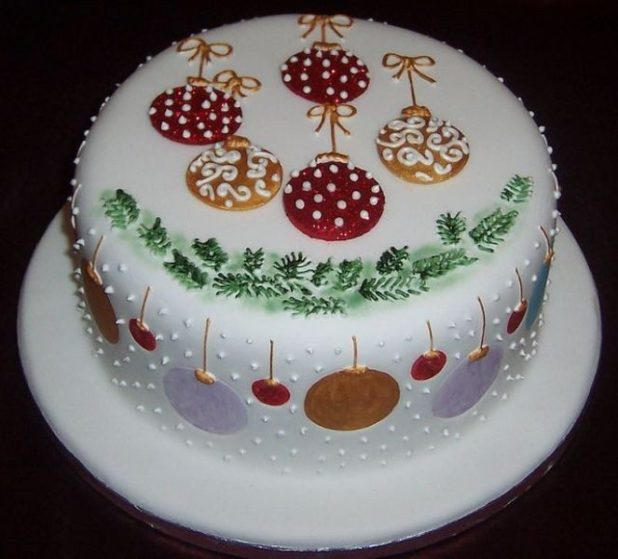 Christmas-Cake-Decoration-Ideas-2017-65 82 Mouthwatering Christmas Cake Decoration Ideas 2017