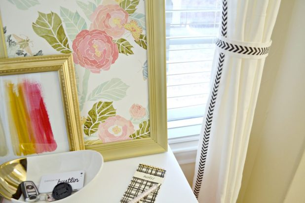 Ribbon-Glued-Curtain1 Easy And Creative Curtains Designs To DIY
