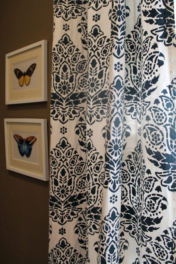 Stenciled-Curtains4 Easy And Creative Curtains Designs To DIY