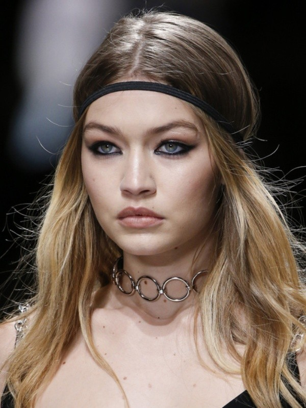 Chokers-4 23 Most Breathtaking Jewelry Trends in 2017