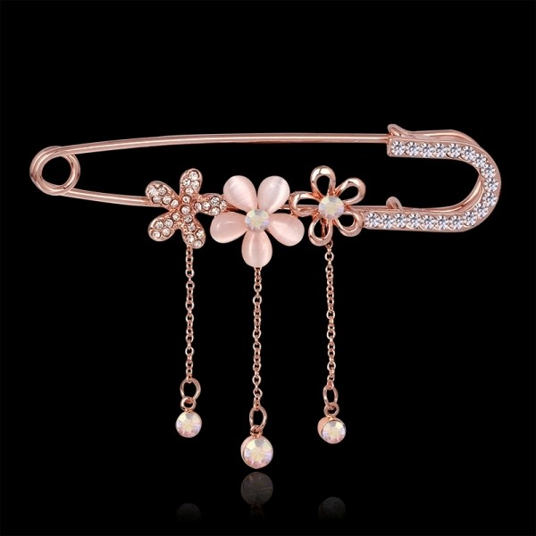 safety-pins-5 23 Most Breathtaking Jewelry Trends in 2017