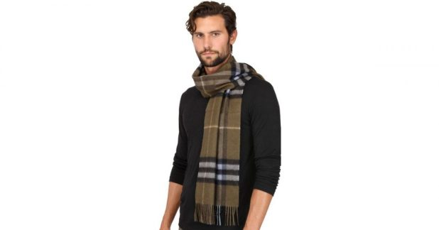Cashmere-Scarf2 22 Scarf Trend Forecast for Fall & Winter 2017