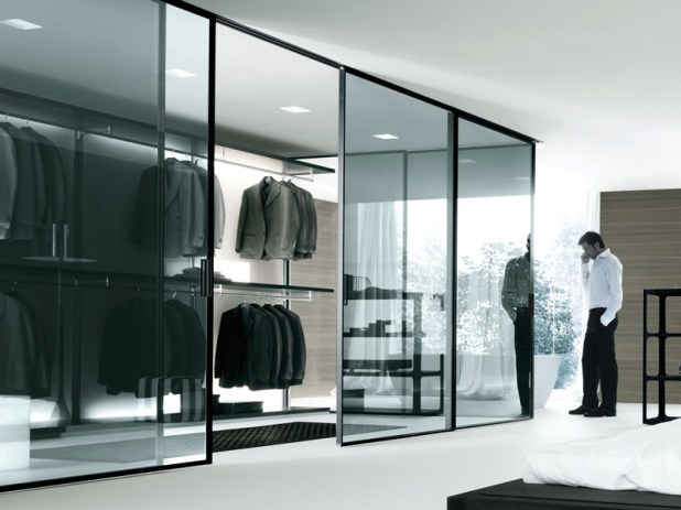 mirror-like-wardrobe-675x506 6 Brilliant Designs of Bedroom Wardrobes