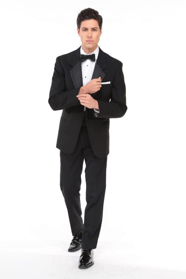 Classic-Black-Tuxedo4 6 Trendy Weddings Outfit Ideas for Men
