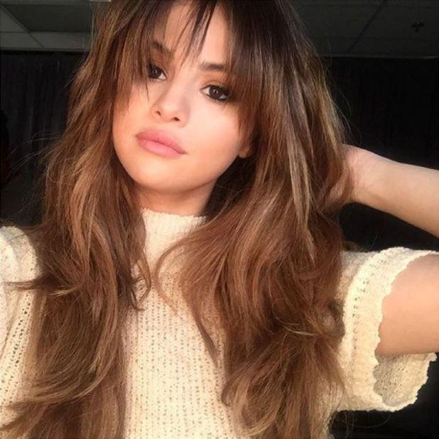 Selena-Gomez9-675x675 15+ Fashionable Tremendous Celebrities' Hairstyles