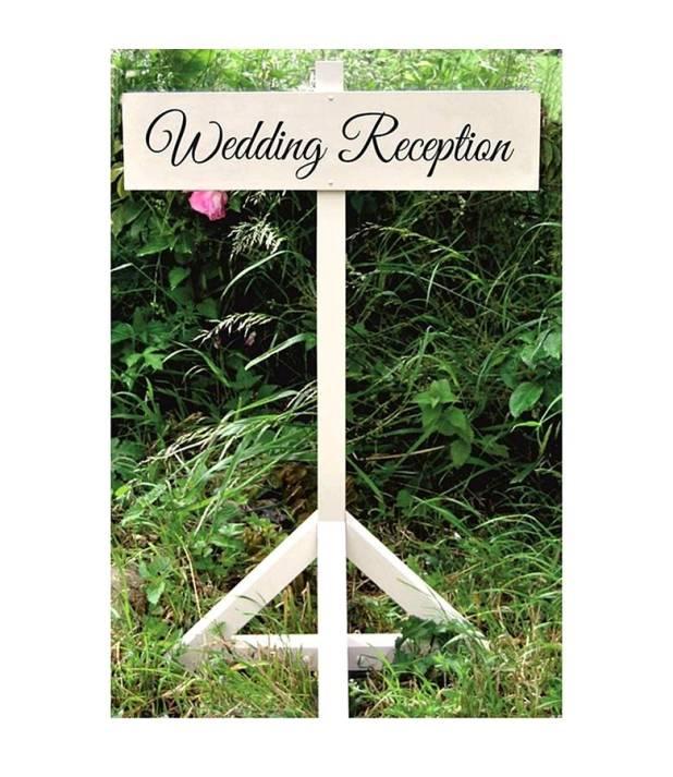 Signposts2 10 Best Ideas For Outdoor Weddings in 2017