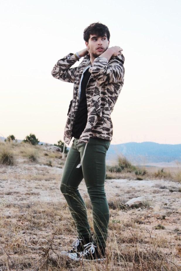 Statement-Jackets4 25+ Winter Fashion Trends for Handsome Men in 2017