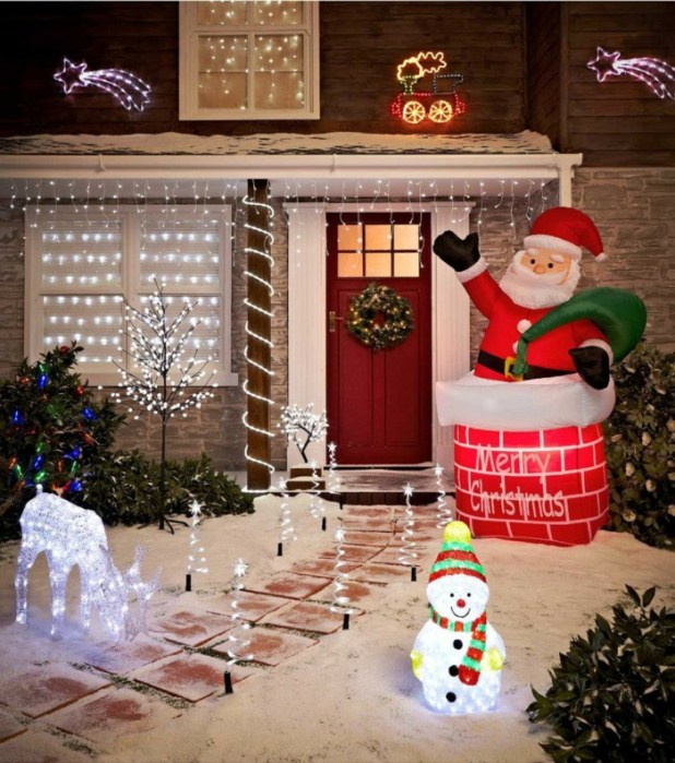decorating-items-like-Santa-reindeer-snowman-and-everything-in-your-garden-675x764 Top 10 Best Ways To Turn Your Home All Christmassy
