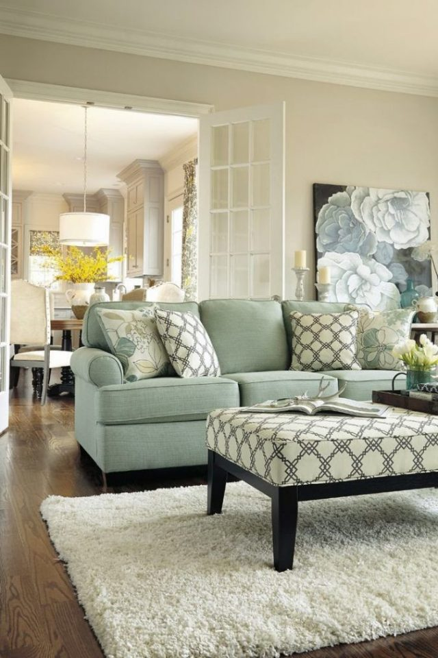 interior-design-small-living-room-light-colors-675x1013 15 Interior Design Tips & Ideas for Narrow Small Spaces