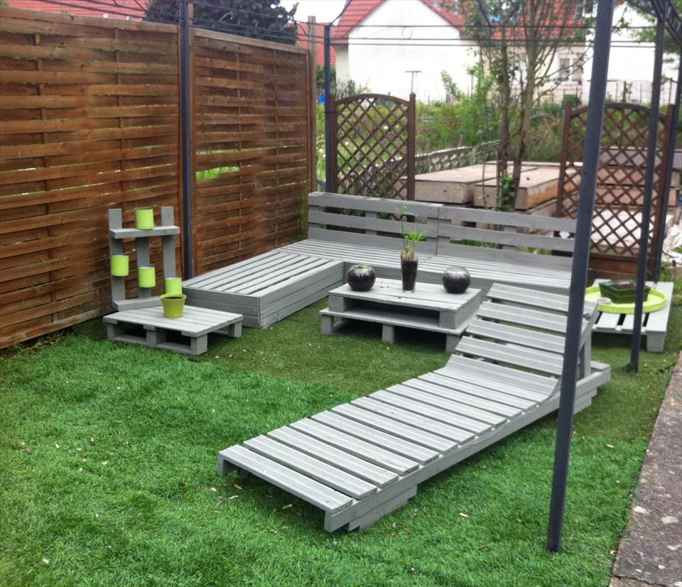 15 killer garden bench decoration ideas | pouted
