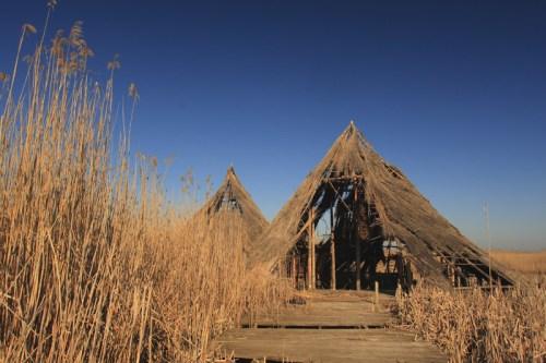 Huts on Neajlov