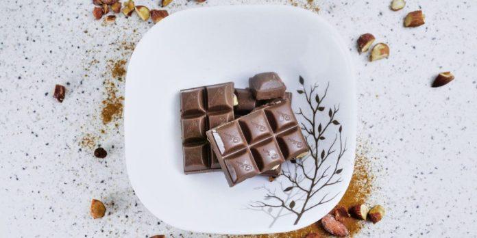 Chocolate addiction: the benefits and alternatives