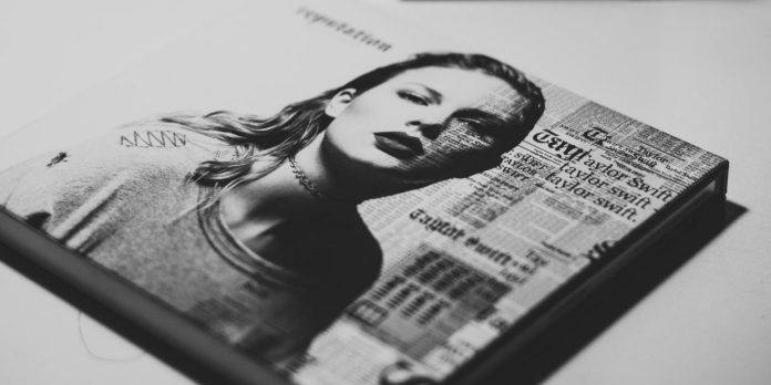 5 movie recommendations based on Taylor Swift's songs