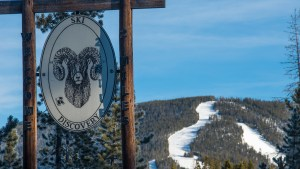 Welcome to Ski Discovery – 2 Miles.