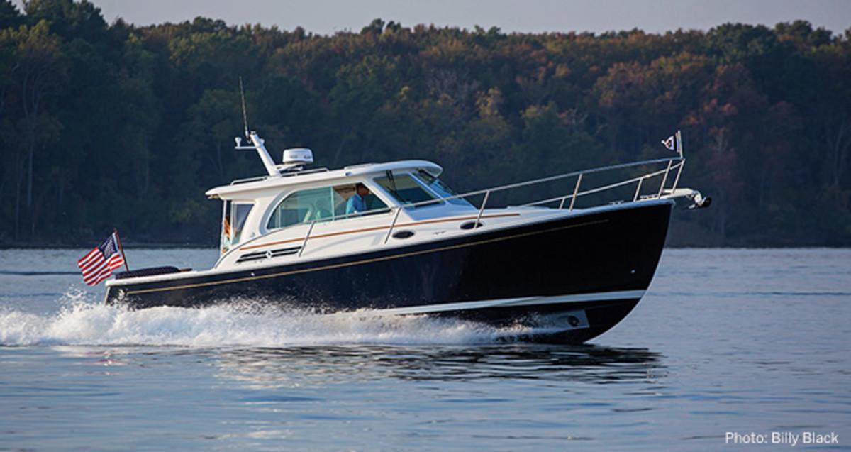 Back Cove 32 Power Amp Motoryacht