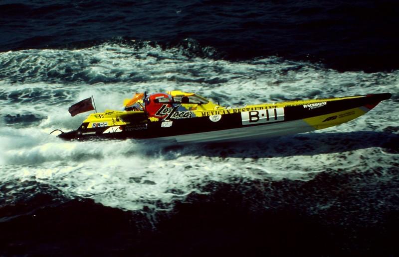 Charles Burnett III killed in a helicopter crash – Powerboat