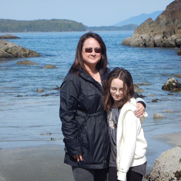 crystal cove mom and daughter