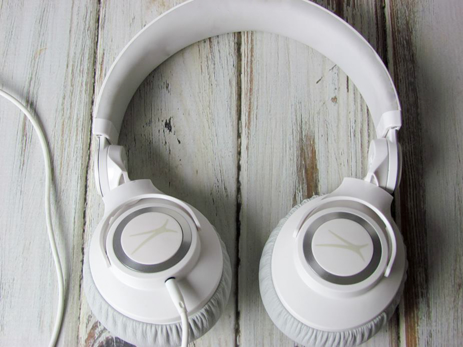 altec white