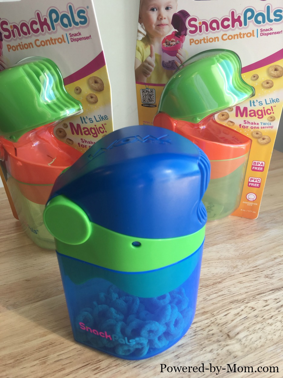 Snack Pals Magic Snack Dispenser Review - Powered by Mom