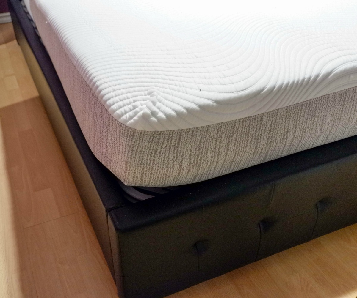 Tomorrow Sleep Hybrid Mattress