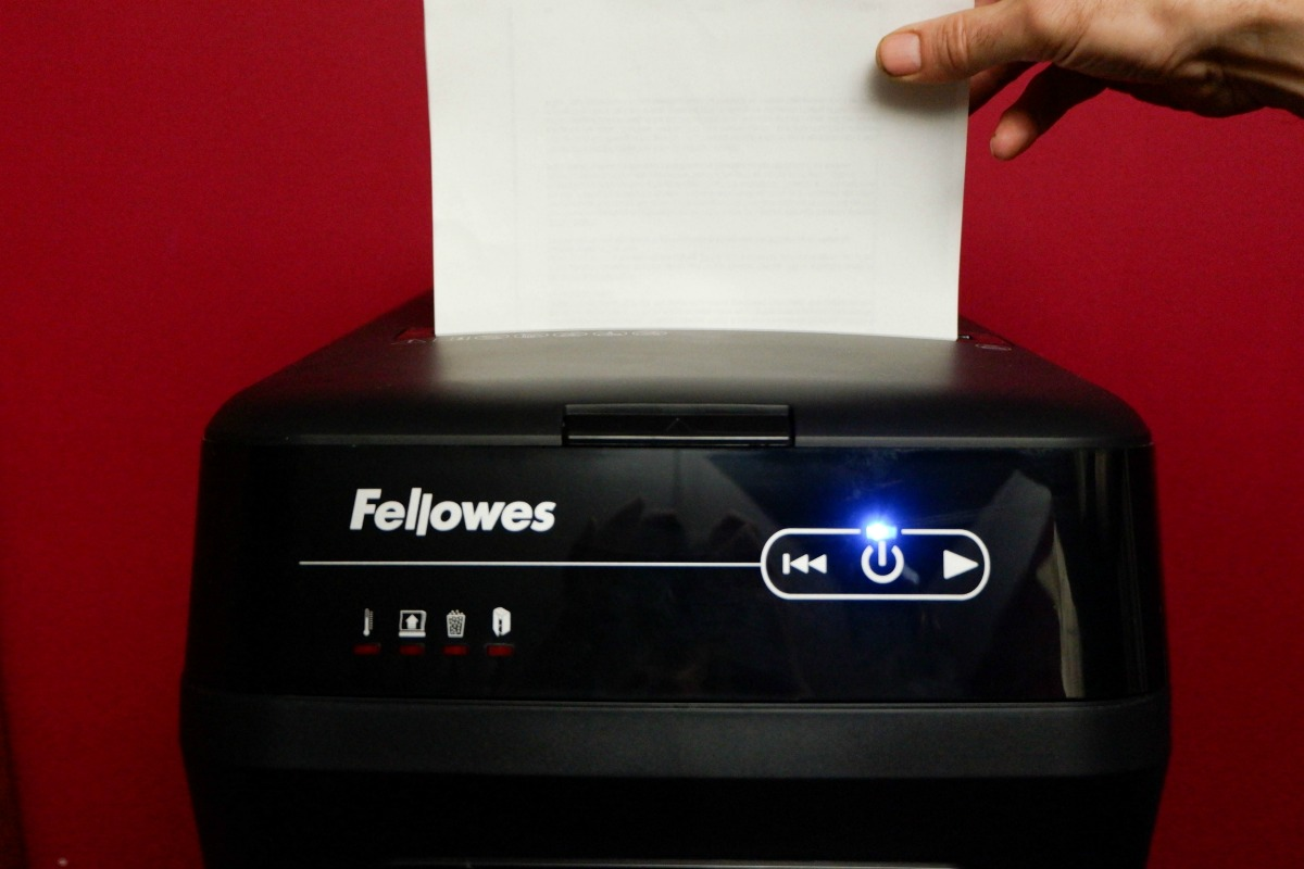 Prevent identity theft by shredder documents with personal information with a Fellowes Shredder
