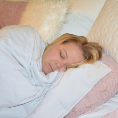 Weighted Blanket Reduces Stress Naturally