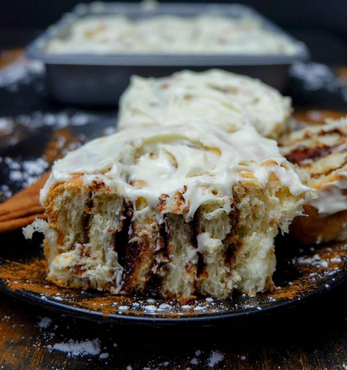 Homemade Cream Cheese Cinnamon Roll Recipe
