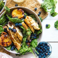 grilled peach salad with grilled chicken with blueberries