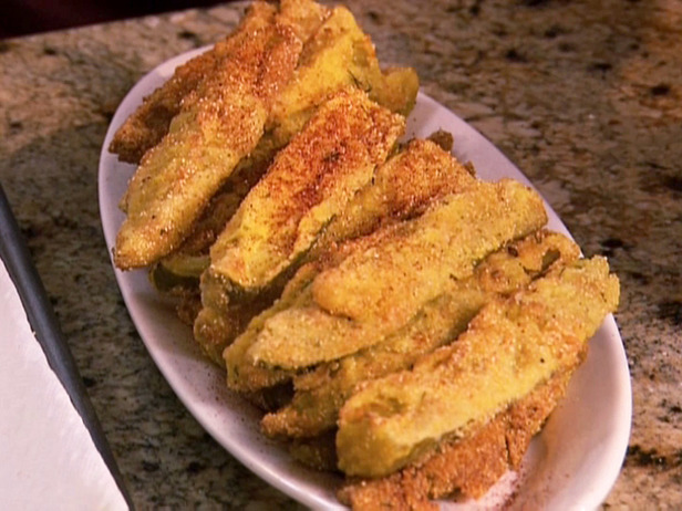 https://i1.wp.com/www.powered-by-produce.com/wp-content/uploads/2011/02/fried-pickles.jpg