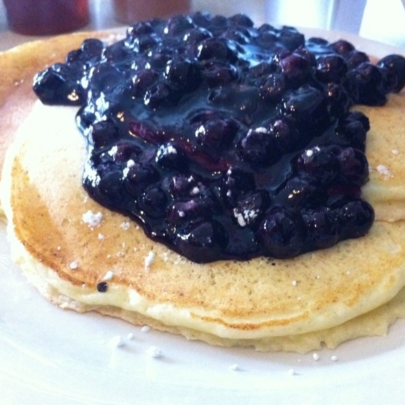 Jam on Hawthorne blueberry pancakes