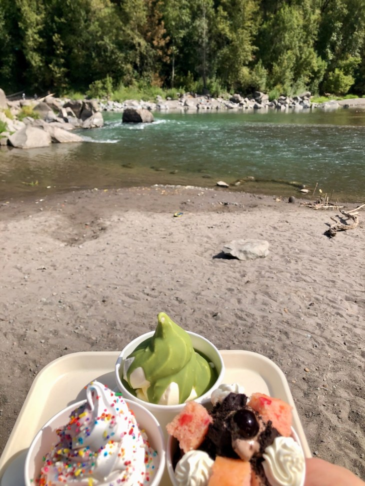Sandy River and Sugarpine Drive-In ice cream