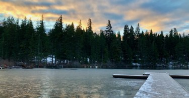 Suttle Lake Cabin getaway -Winter bucket list