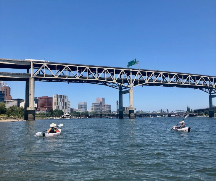 kayaking in Portland on the Willamette River Poets Beach