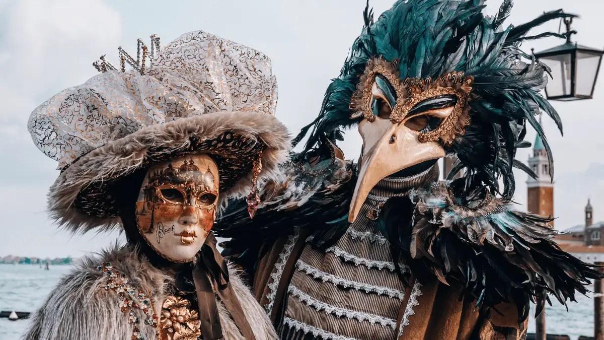 Couples Halloween Costume 2021