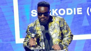 Sarkodie – I'm A Winner Ft. Chidinma