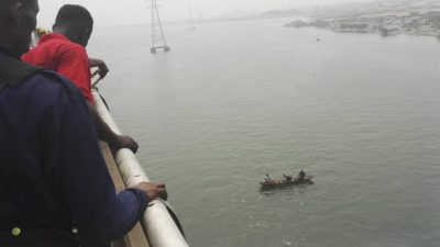 Just In: Man Rescued After Jumping Off Lagos Lagoon