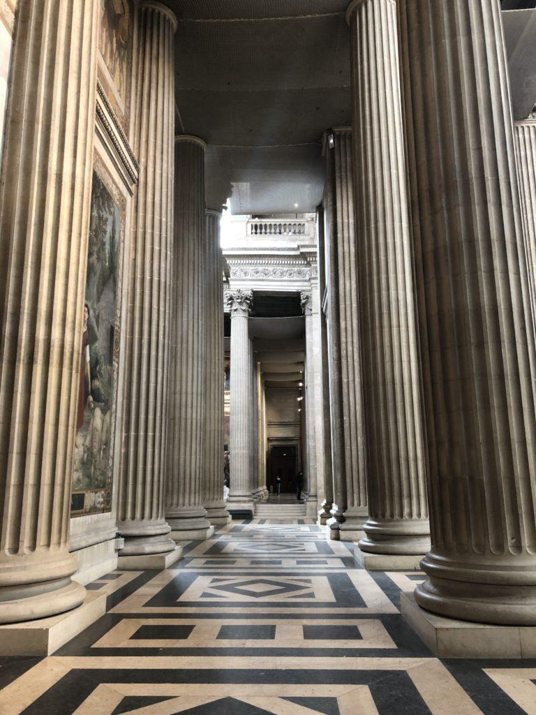 Säulengang im Pantheon