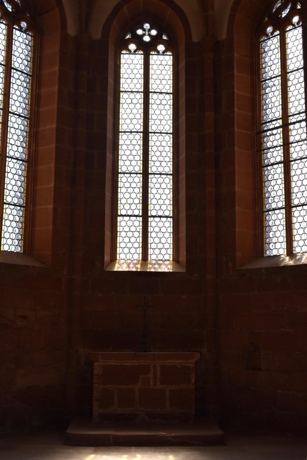 Innenraum der Kapelle von der Burg Lichtenberg