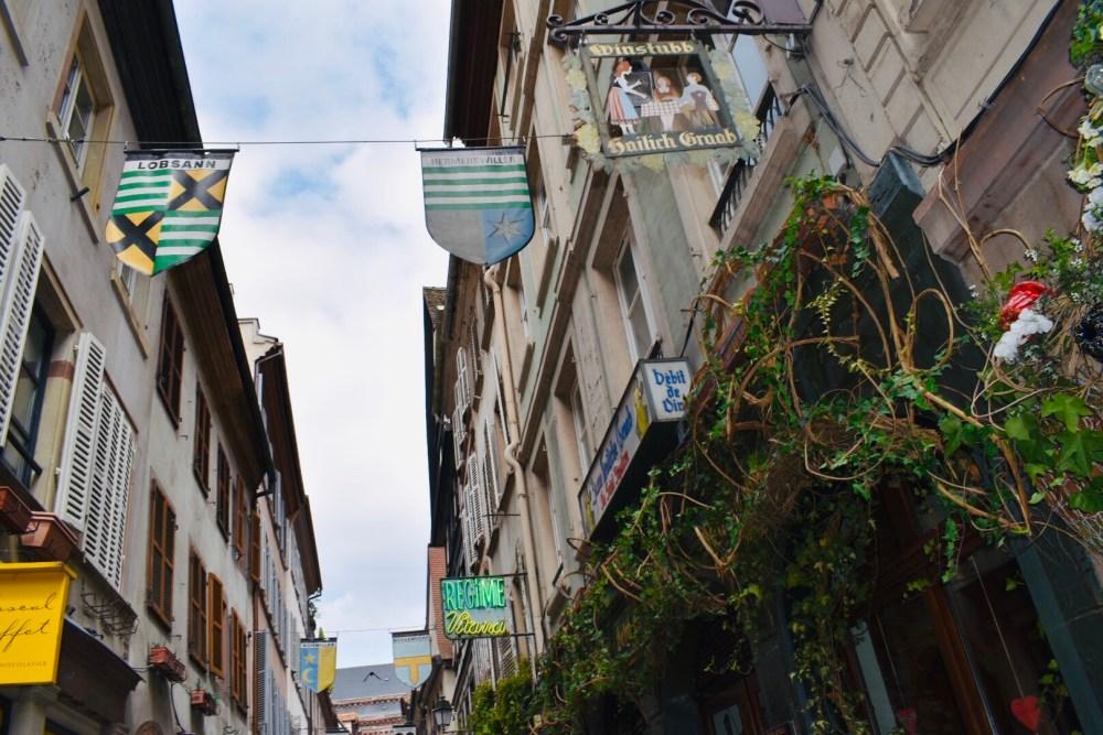 Straße in der Nähe der Straßburger Münster