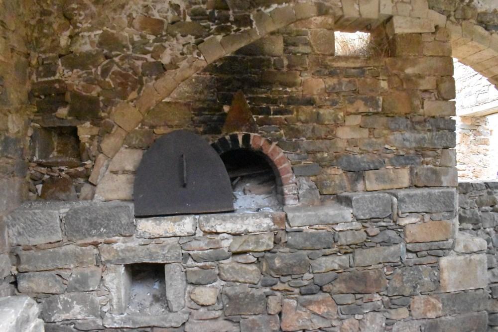 Alter Ofen von einer der ehemaligen Backstube