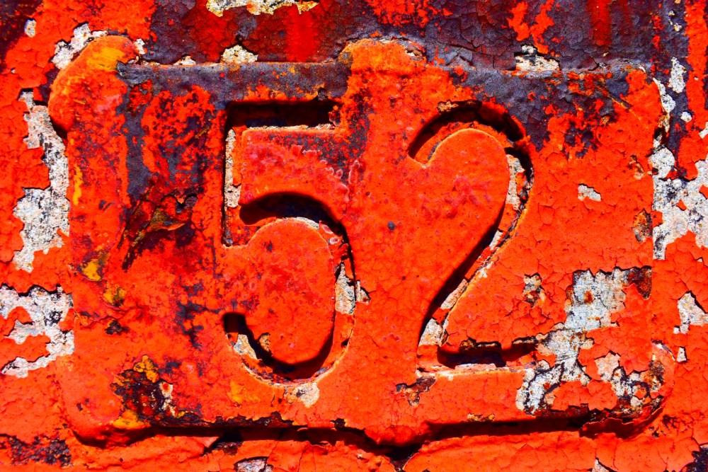 Rote, rostige 52