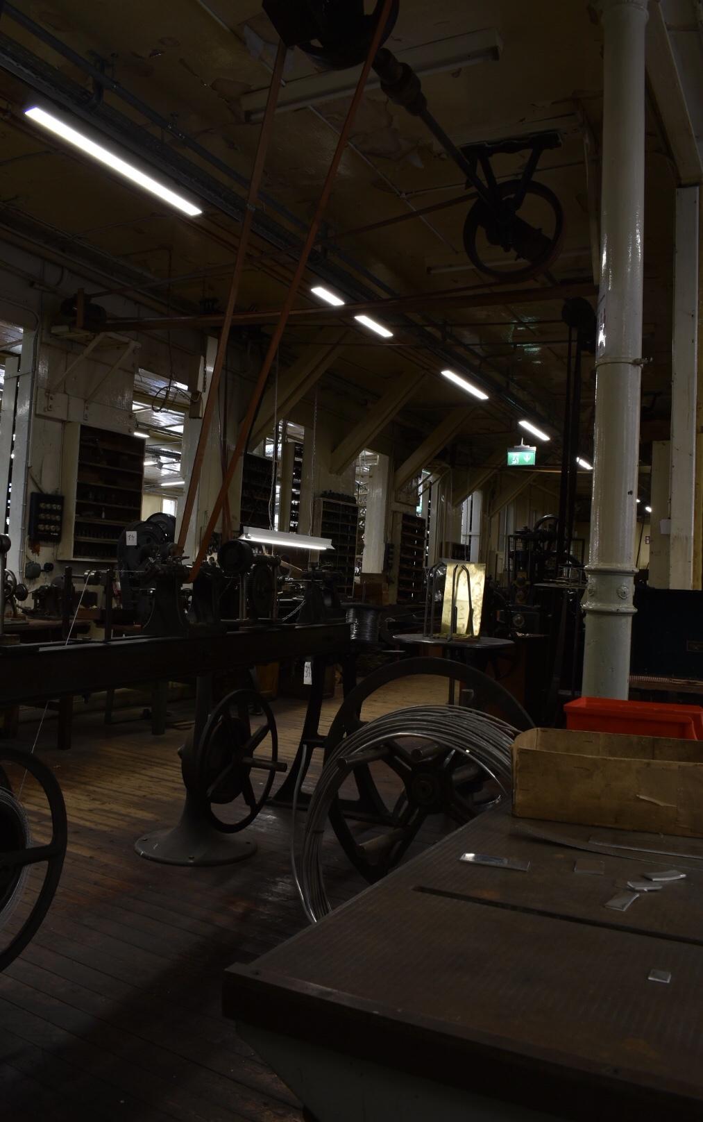 Großer Raum der ehemaligen Uhrkettenfabrik